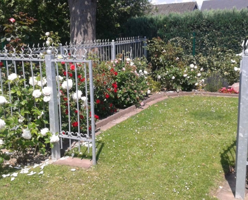 Fischerkamp-Friedhof Rosengarten